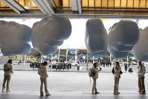 Trade show balloons - cloud shape helium balloons